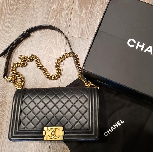CHANEL Handbags - Chanel Le Boy Medium
